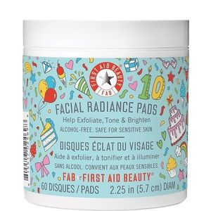 First Aid Beauty Facial Radiance Pads NEW